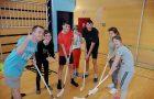 Medrazredno »tekmovanje – sodelovanje« med PPVI 3 in PPVI 4 v hokeju